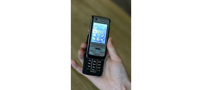 Vand telefon Nokia 6280 pret 180 lei negociabil