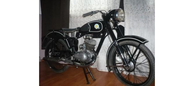 Vand motocicleta epoca KOVROVEC K58
