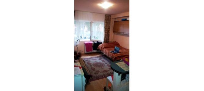 De vanzare apartament modificat din uscatorie