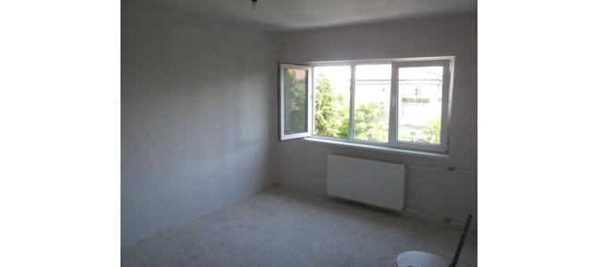Apartament cu 2 camere de vanzare-zona Nufarul
