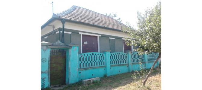 Vand Casa in Ineu de Cris