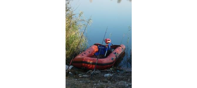 Vand,Barca pneumatica