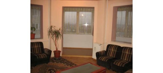 Inchiriez apartament 3 camere, Nufarul, visavis Lotus