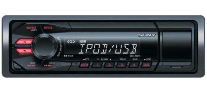 Vand  RAdio Auto SONY DSX-A40, 4x55W, USB pret 150 lei neg