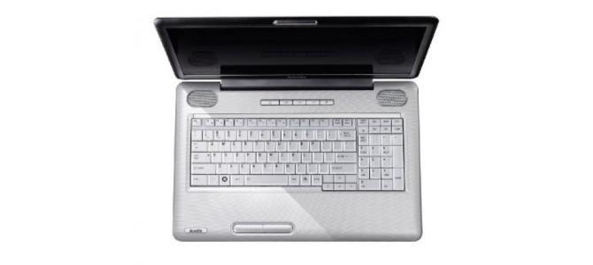 """* Laptop Toshiba L550d 17"""" LED *"""