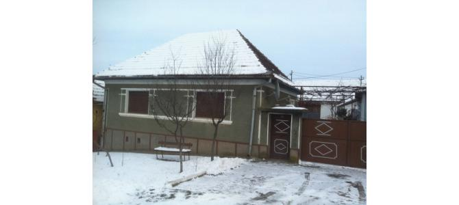 Vand casa satul Sarand