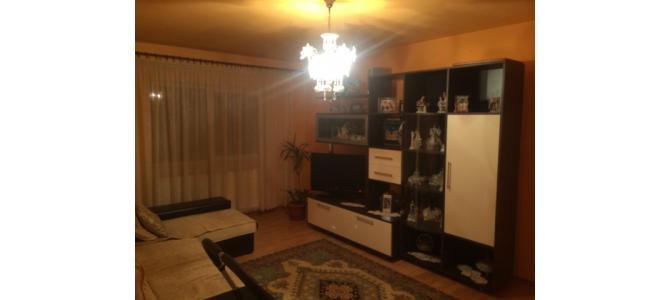 Vand apartament 3 camere , lux , mobilat in IOSIA !