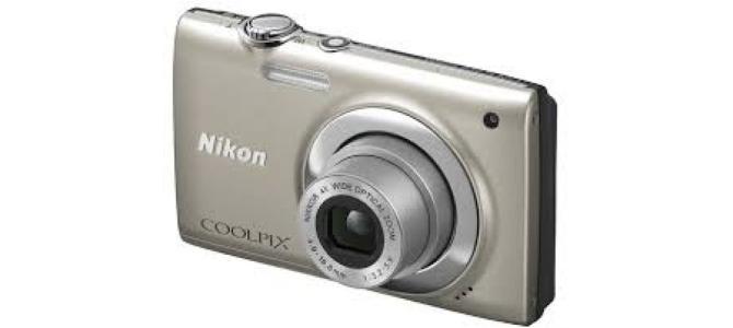 Vand Aparat Foto Nikon Coolpix S2500