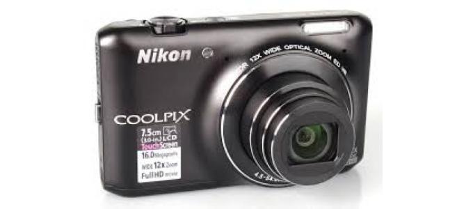Vand aparat foto Nikon Coolpix s6400.