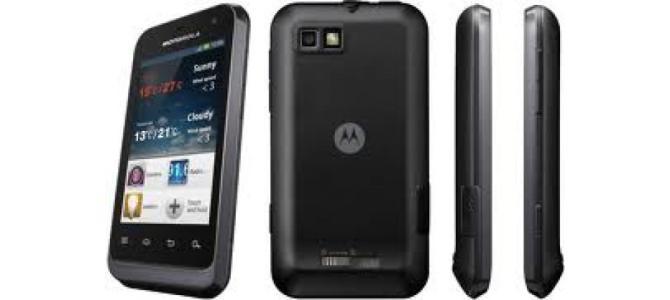 Vand telefon Motorola Defy mini.