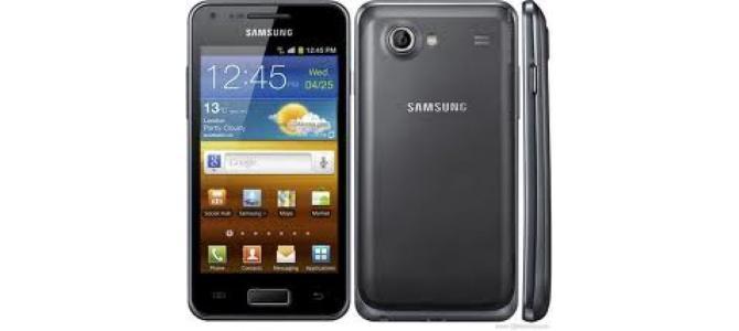 Vand telefon Samsung 9070.