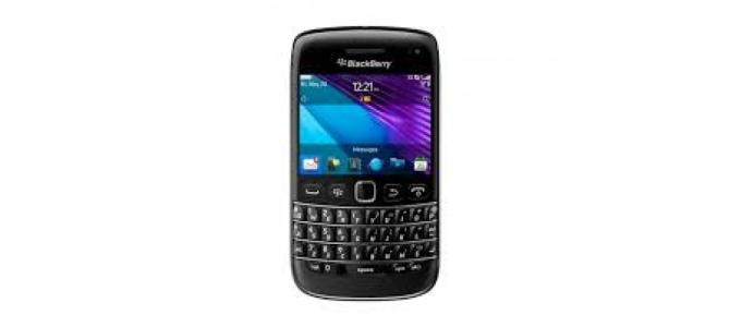 Vand telefon BlackBerry Bolt.