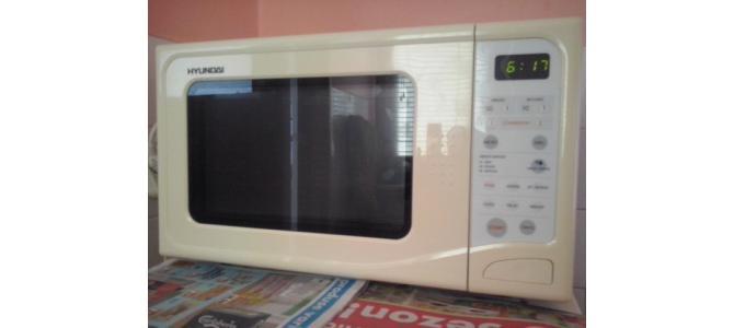 vand cuptor cu microunde hyundai digital afisaj electronic,grill ca nou