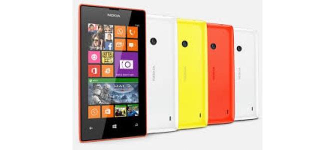 Vand telefon Nokia Lumia 520.