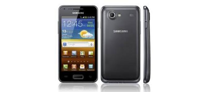 Vand telefon Samsung Galaxy Advance.