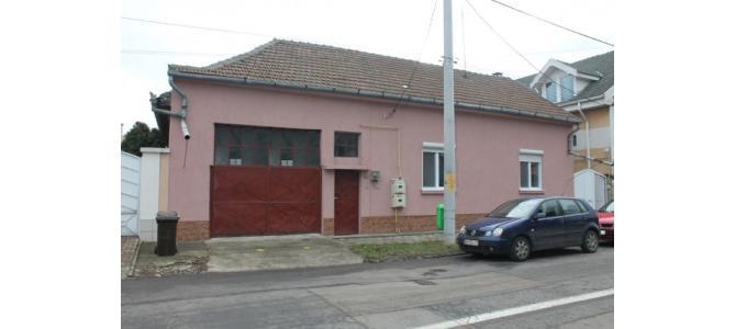 Casa singur in curte - Str. Ion Vidu