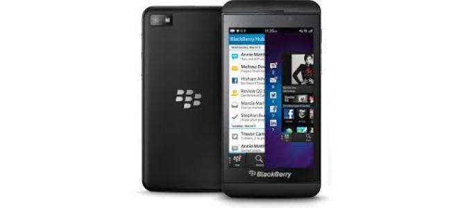 Vand telefon BlackBerry z10.