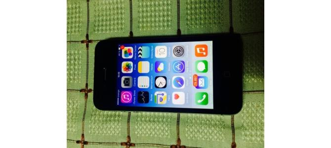 Vand iphone 4s liber de retea