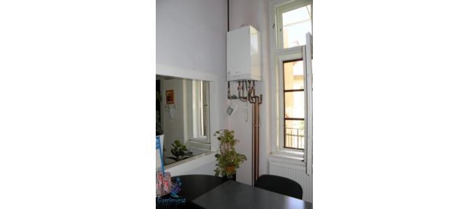 Apartament la casa cu 4 camere central de vanzare, zona Armatei Romane
