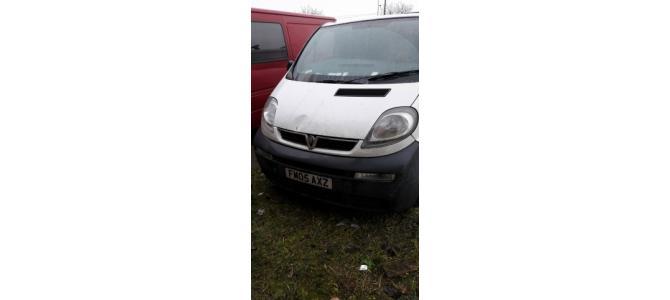 Dezmembrez Opel Vivaro 1.9 2000-2006 Euro 3