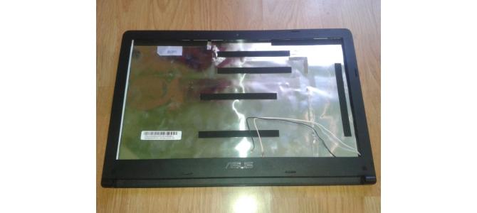 Vand Carcasa Display Asus X501 / X501A / X501U, Capac + Rama Ecran 55 Lei.