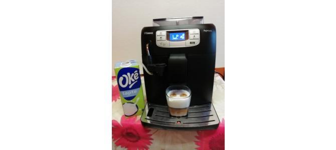 Vand un aparat de cafea capuccinno marca saeco intelia