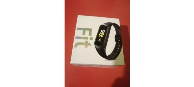 Vand Ceas / Bratara fitness SAMSUNG Galaxy Fit; iOS / Android 270 Lei