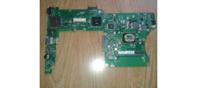 Vand Placa de Baza Laptop Asus X501A + Procesor DEFECTA NU PORNESTE 45 Lei