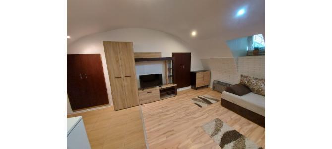 Apartament 2 camere, ultracentral, zona Pietei Unirii Oradea