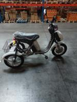 tricicleta electrica model deosebit cu telecomanda