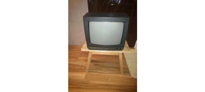 Vand televizor SANYO 37cm